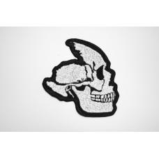 Нашивка осколок черепа